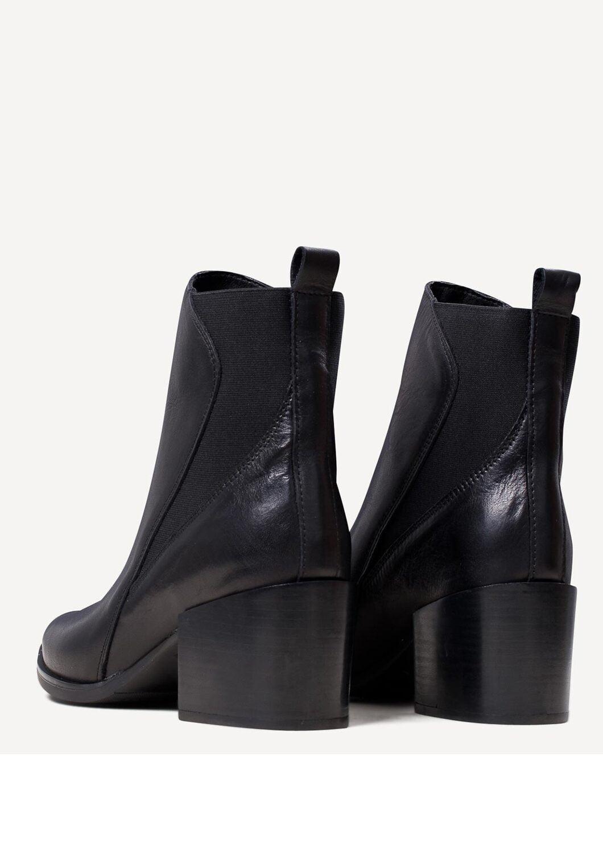 Γυναικεία Παπούτσια Μποτάκι Γυναικείο με Λάστιχα