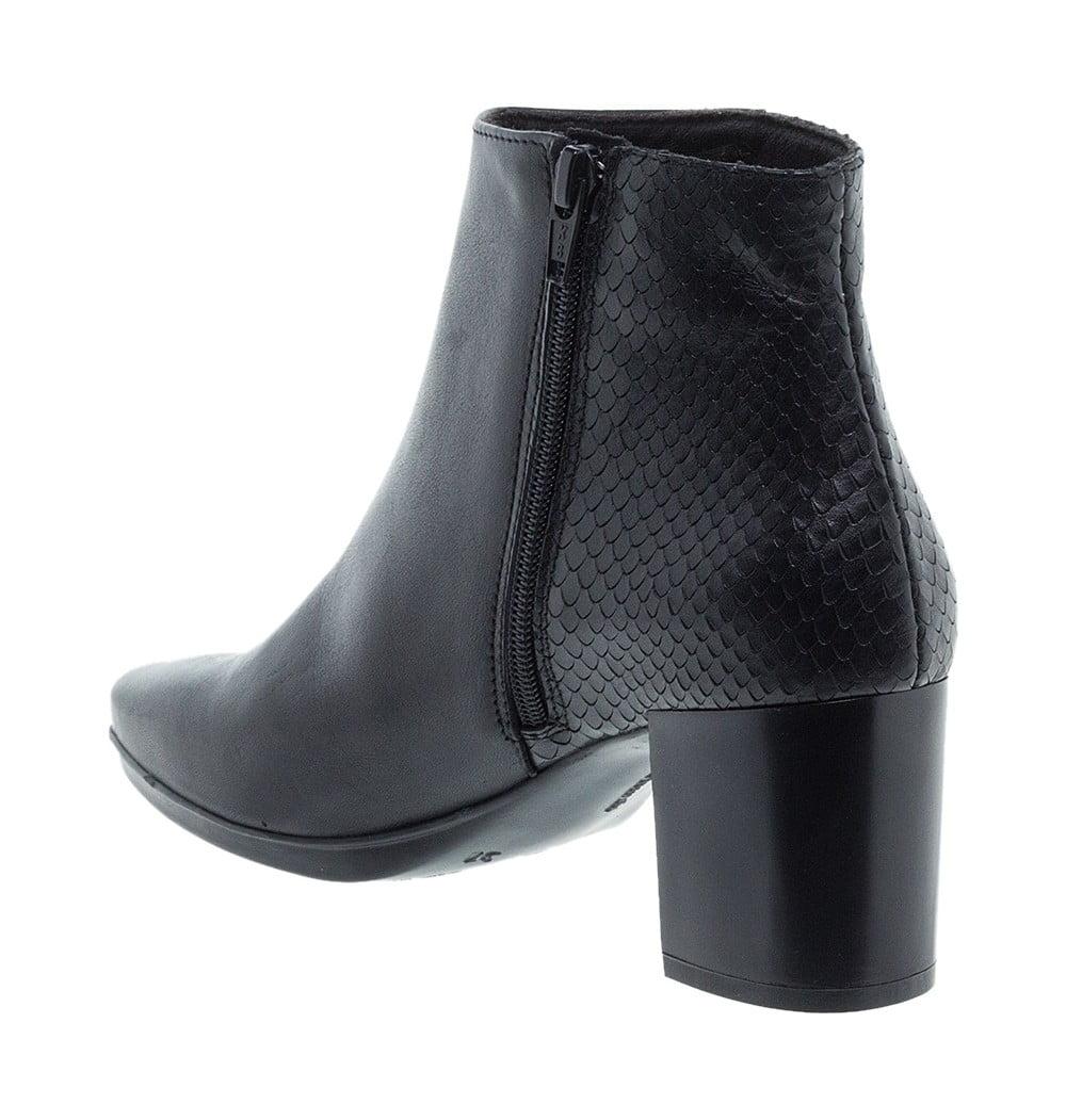 Γυναικεία Παπούτσια Total Flex μποτάκι με snake print