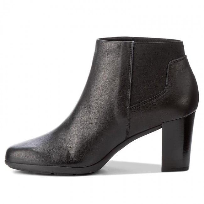Γυναικεία Παπούτσια Γυναικείο Μποτάκι Μαύρο με Μεσσαίο Τακούνι και Λάστιχα