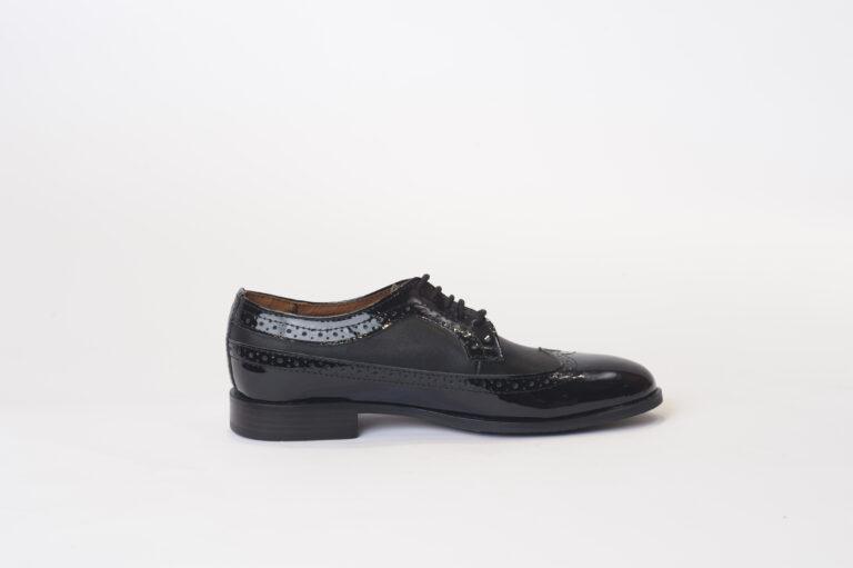 Ανδρικά Παπούτσια Αντρικό Oxford Style με Λουστρίν