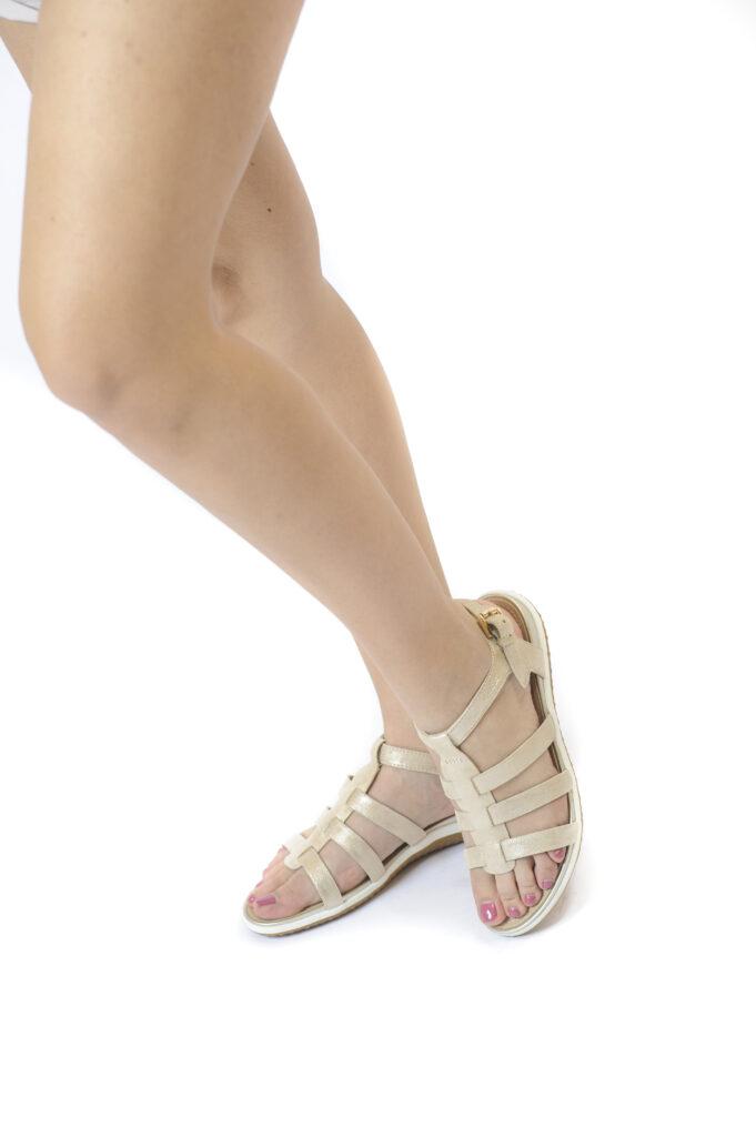 Γυναικεία Παπούτσια Total Flex Πέδιλο με Χρυσά Μεταλλικά Λουράκια