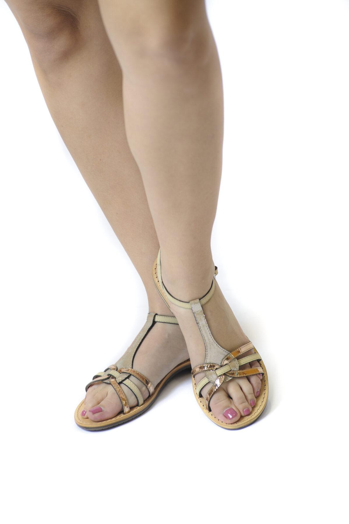 Γυναικεία Παπούτσια Flat Γυναικείο Πέδιλο με Mirror Gold Λουράκια