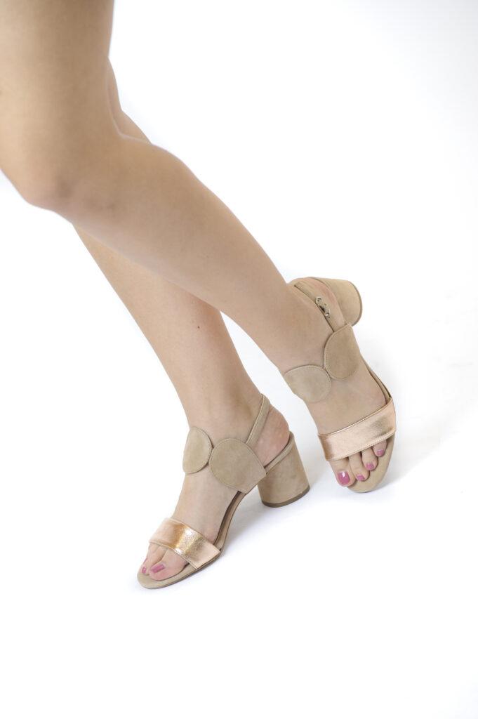 Γυναικεία Παπούτσια Χαμηλό Πέδιλο με Λουράκια – Κύκλους