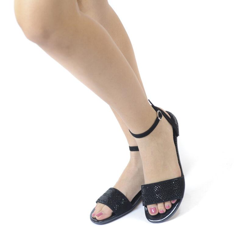 Γυναικεία Παπούτσια Γυναικείο Χαμηλό Πέδιλο με Στρας Λεπτομέρειες